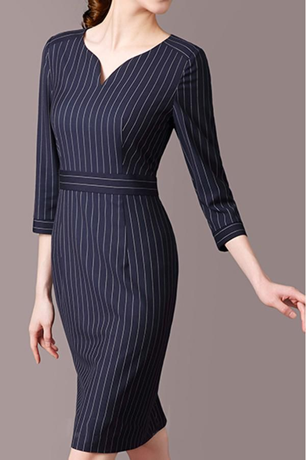 vertical stripes on how to wear a bodycon dress with love handles