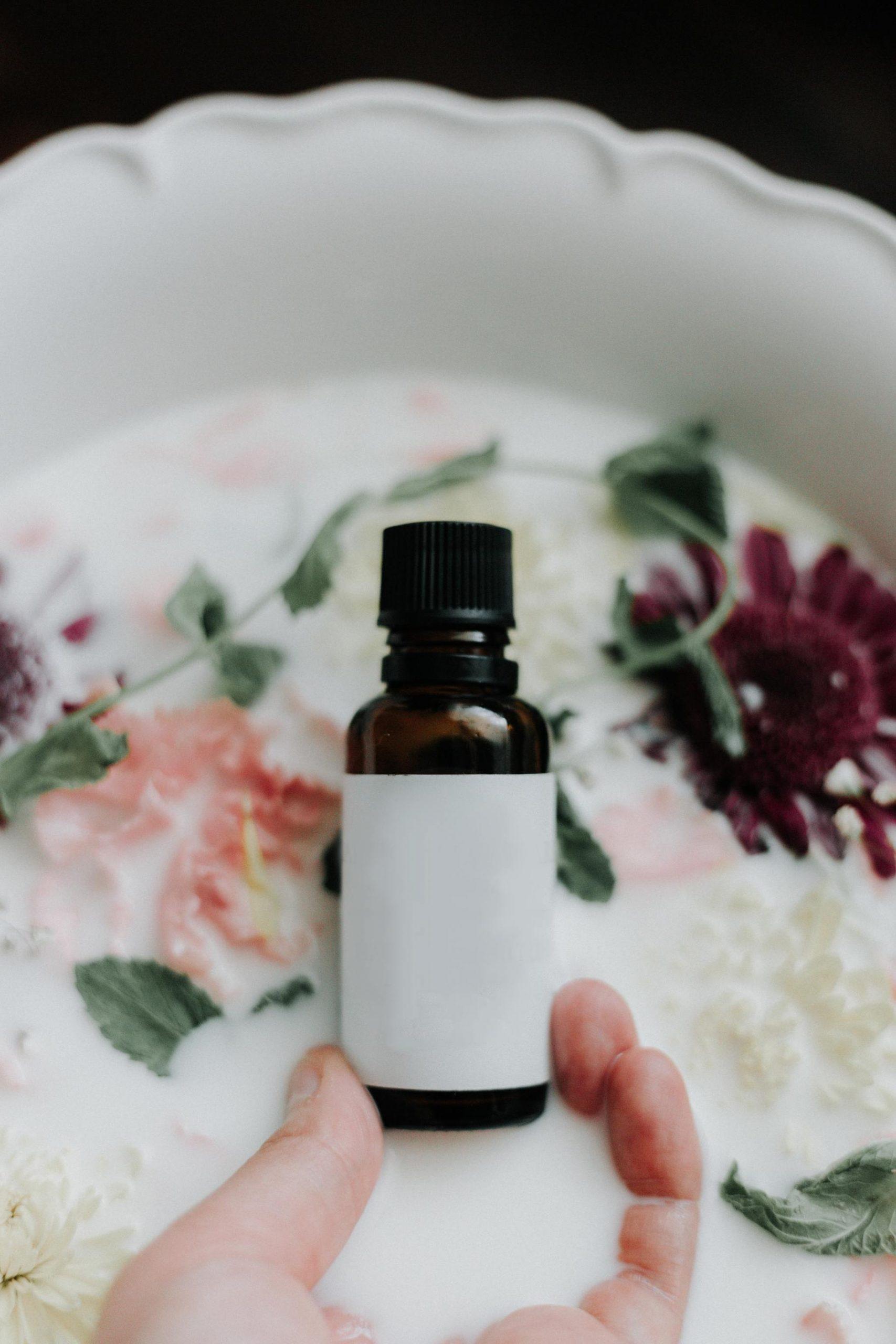 rosehip oil benefits for skin